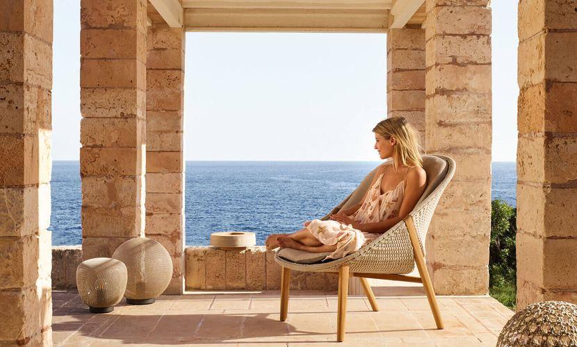 Elio-high-back-lounge-chair